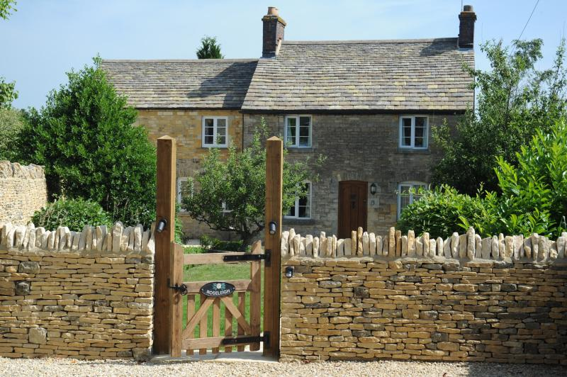 Roseleigh is a charming period stone cottage in the heart of Stow-on-the-Wold.