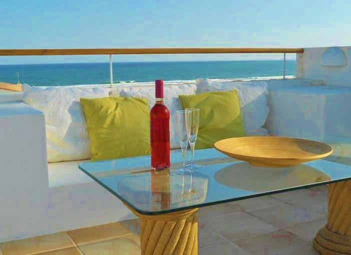 Private Roof Terrace with panoramic views of Meia Praia beach.