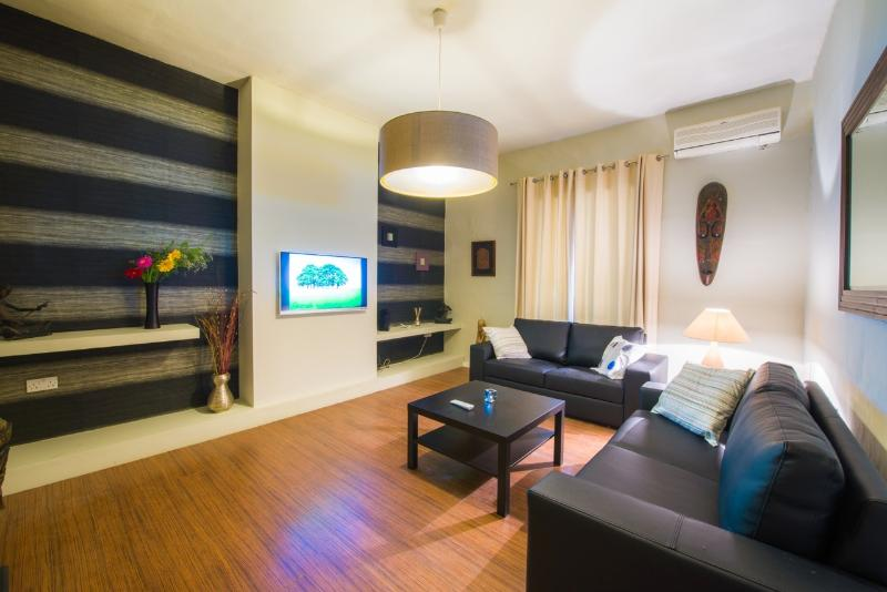 Living room with LED TV 43'' and air condition