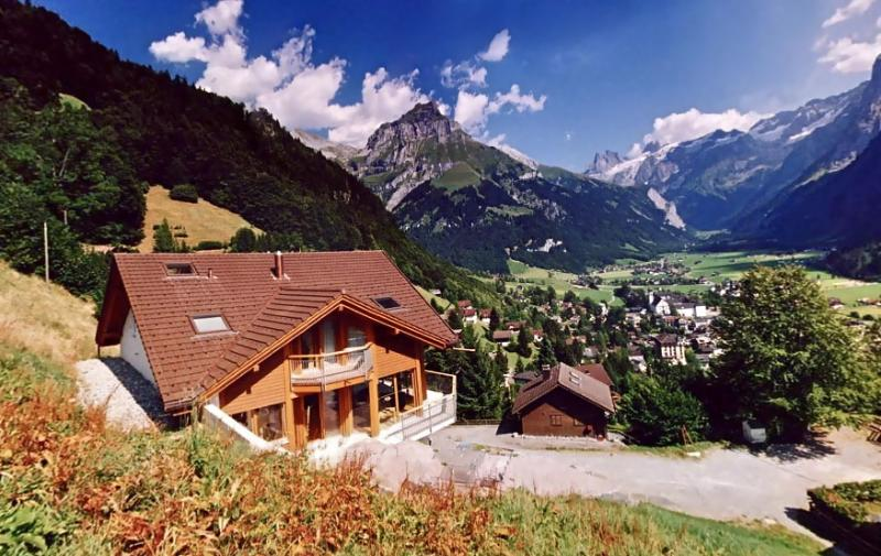 Engelberg ALPHAVEN The House in Summer with panoramic views across Engelberg
