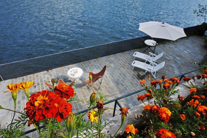 Villa Allegra ~ Groups of 9 can easily unwind & enjoy a classic Lake Como escape