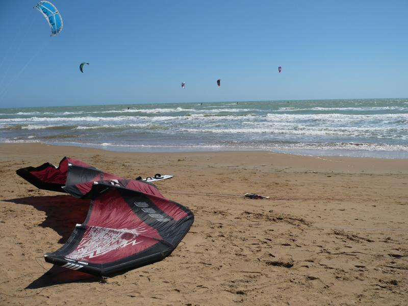 Lido Othello Pozzallo surfers spot with kitesurf school