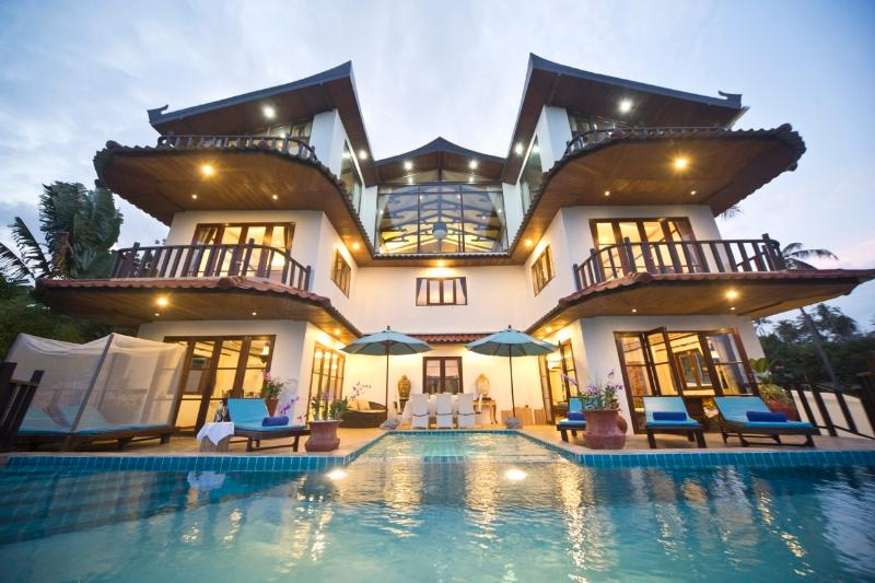 Front Of Grand Deluxe Majestic Royal Thai Villa by Choeng Mon Beach