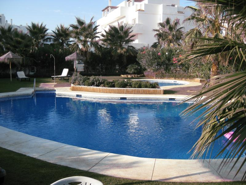 Beautiful Family Pool Area - safe and beautifully clean with sun and shade all day !!