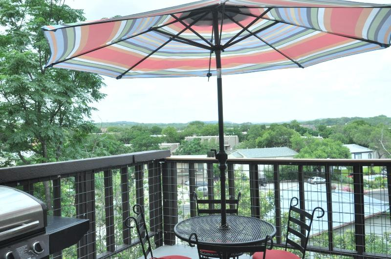 Enjoy the view from the open patio on the 3rd story of a small 6 unit complex