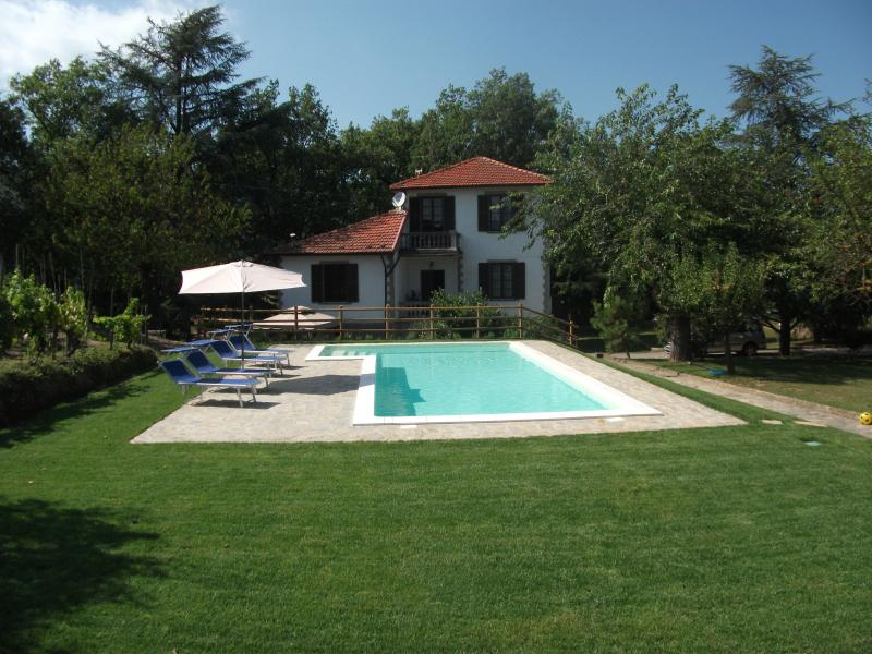 Detached Villa set in 1 acre of mature gardens with private swimming pool
