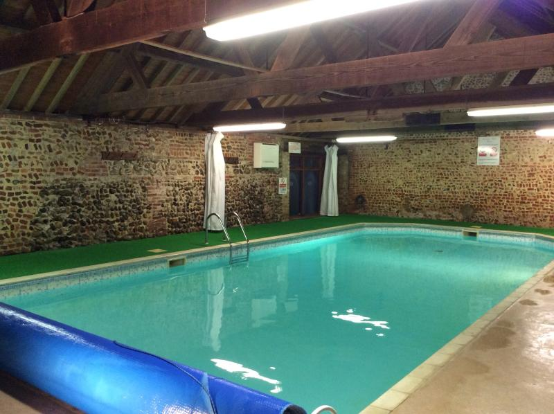 Fantastic private 15m indoor heated swimming pool on site