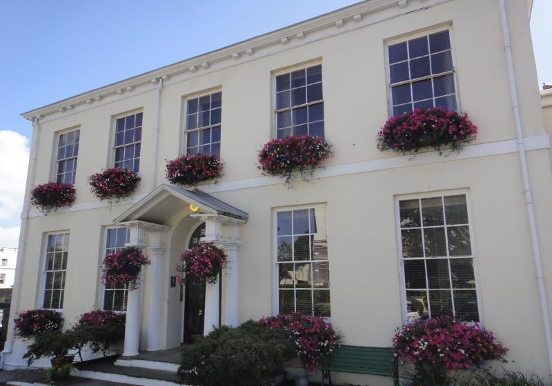 The Albany Mansion House entrance