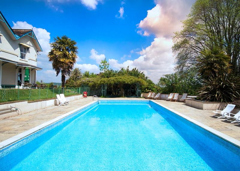 Enjoy full use of the nearby pool throughout the summer. Just on the doorstep!