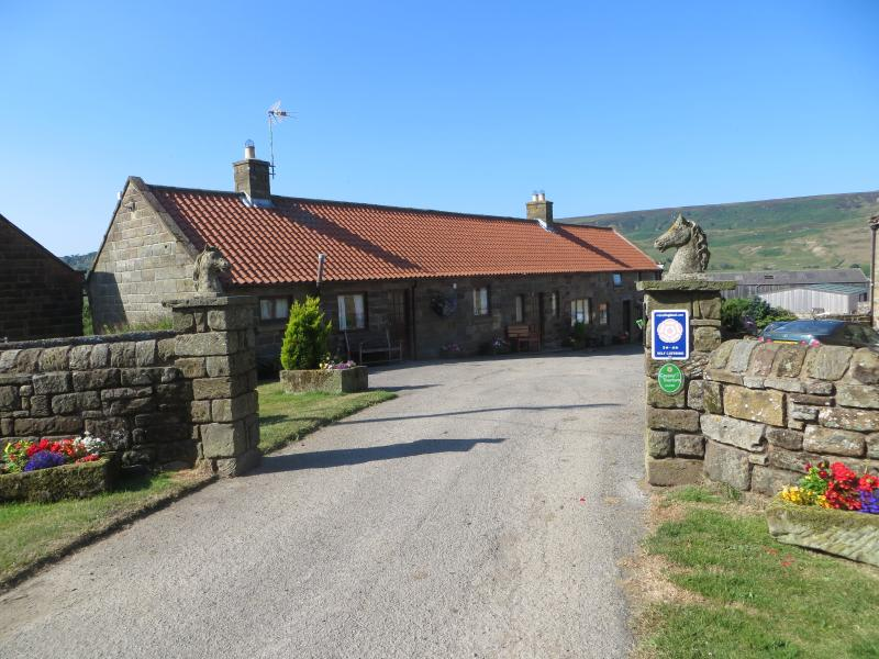 Entrance to Craven Garth Cottages