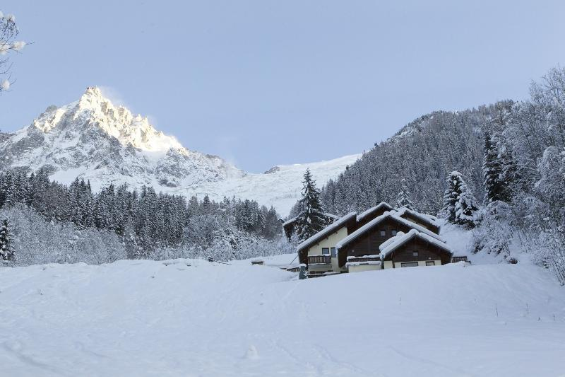 Chalet Beaumont with Aiguille du Midi in the distance