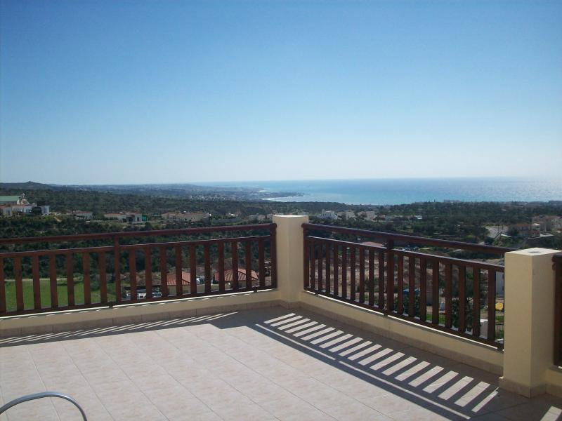 Stunning panoramic views with a gental warm breeeze, ideal for topping up the tan