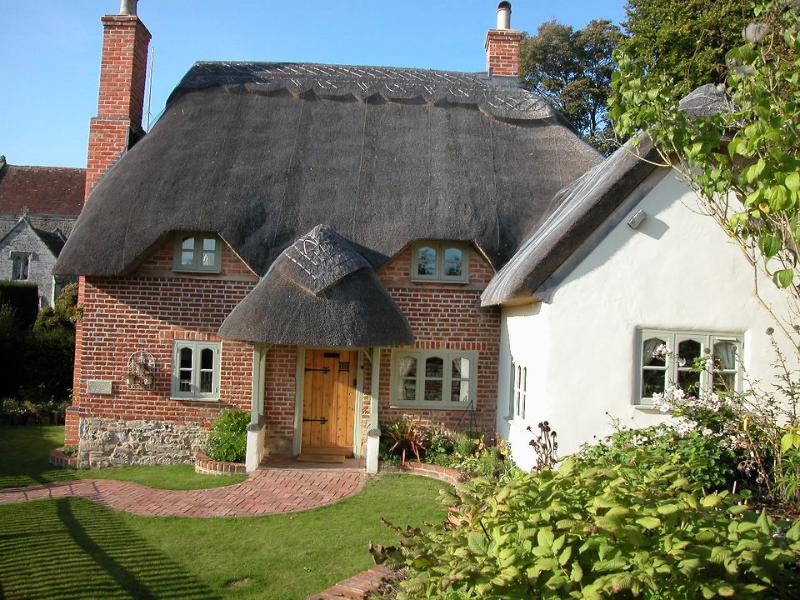 Cosy Cot (H144) - the front of the cottage