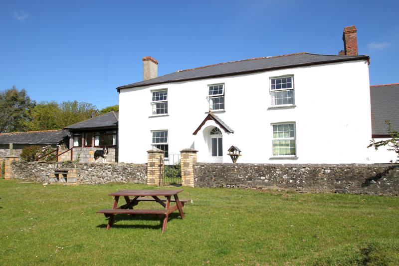 The Barton is the left wing of this lovely farmhouse