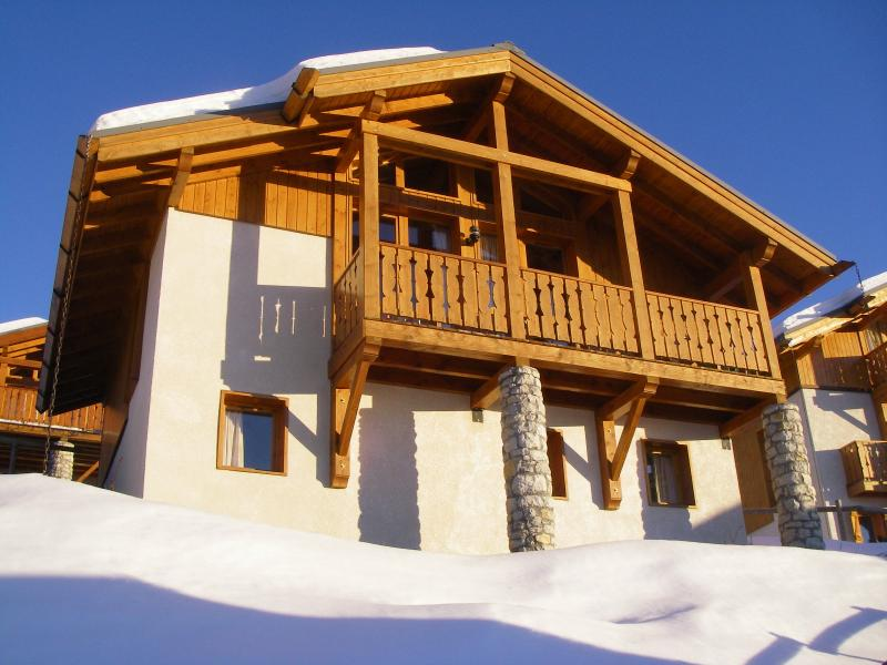 Chalet Beaumont Vallandry, full wifi internet and 5 minutes on foot from the main lift and the shops