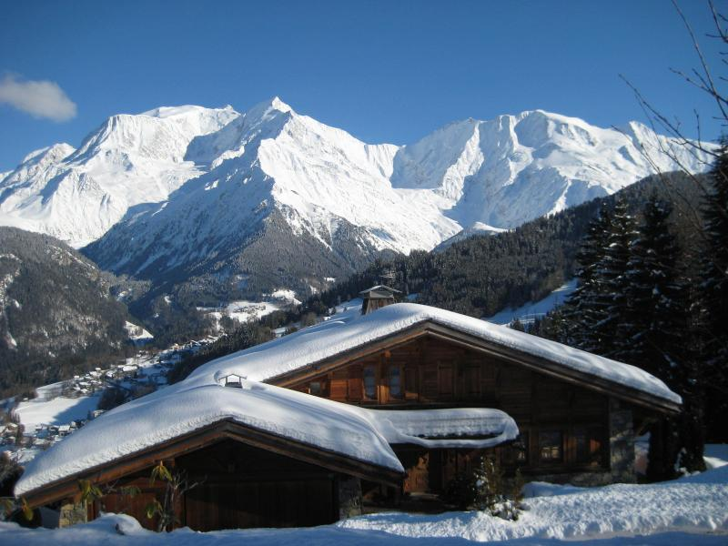 Chalet Coup de Coeur in Winter with secluded tranquility & ski slopes only two minutes away.