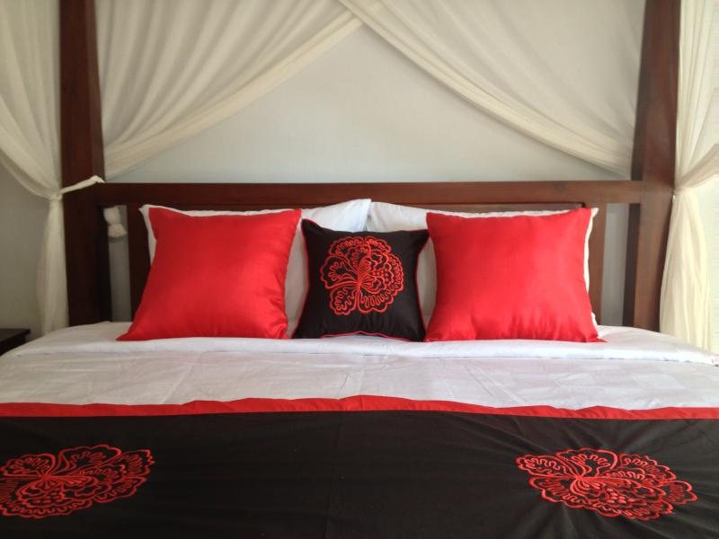 King Size Four Poster Bed in Master Bedroom