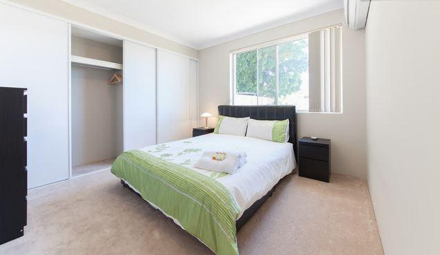 Comfy queen size bed and quiet, leafy outlook