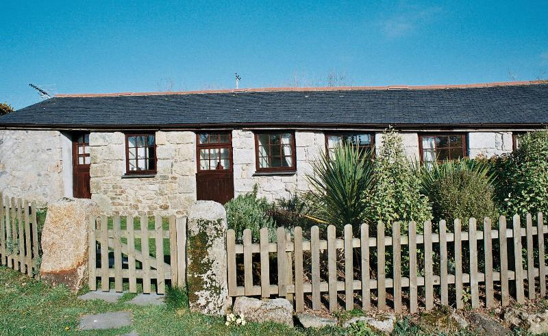 Trethellan Cottage External