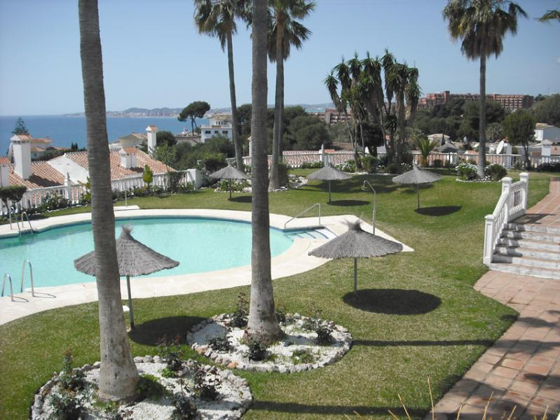 Stunning pool with great views of the coastline and plenty of sun loungers and space