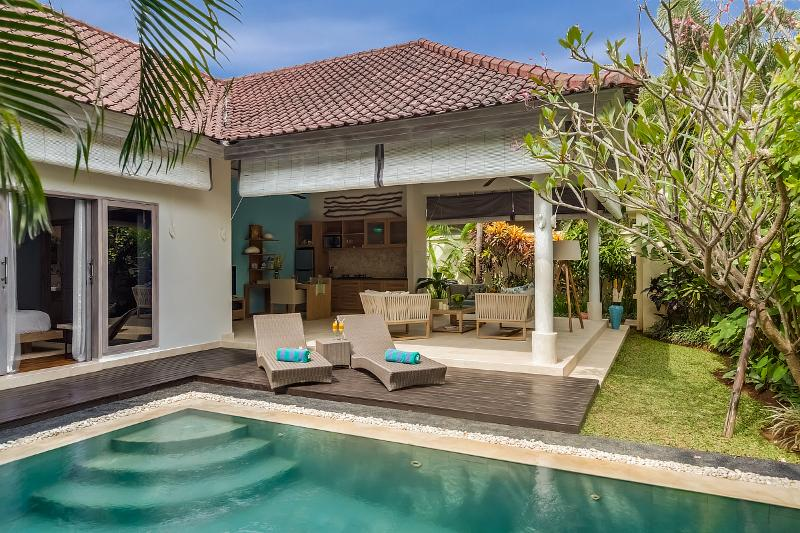 Villa Sky view from swimming pool