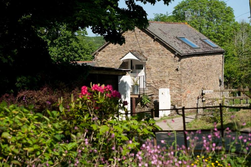 A secret retreat nestled in beautiful countryside where you can relax from the moment you arrive