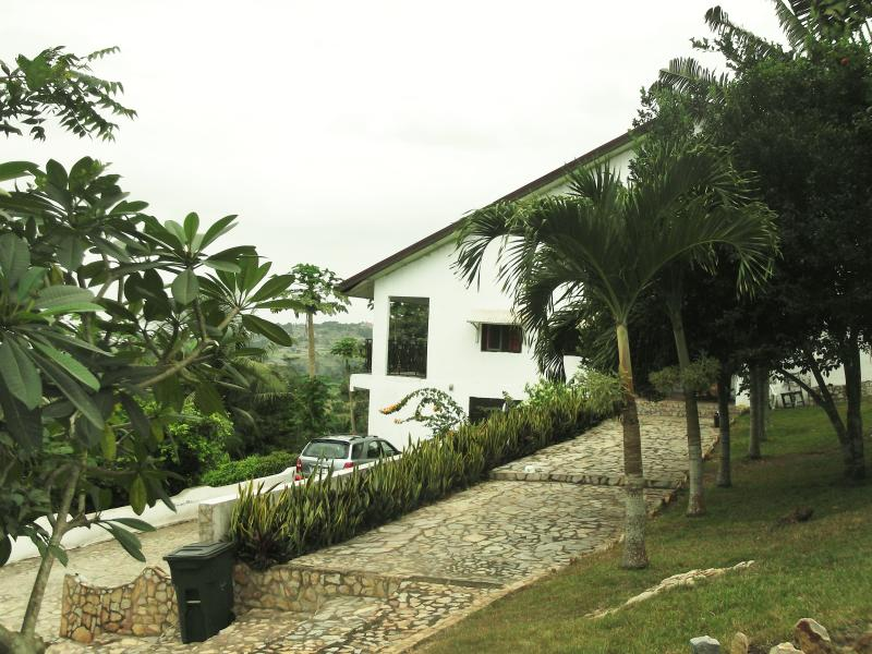 Front view of Tumu Lodge