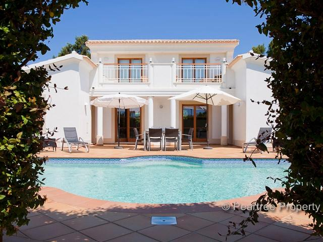 Impressive villa with large, heated pool and terrace