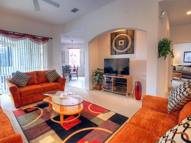 Comfortable, open plan lounge area with 46' HD LED TV
