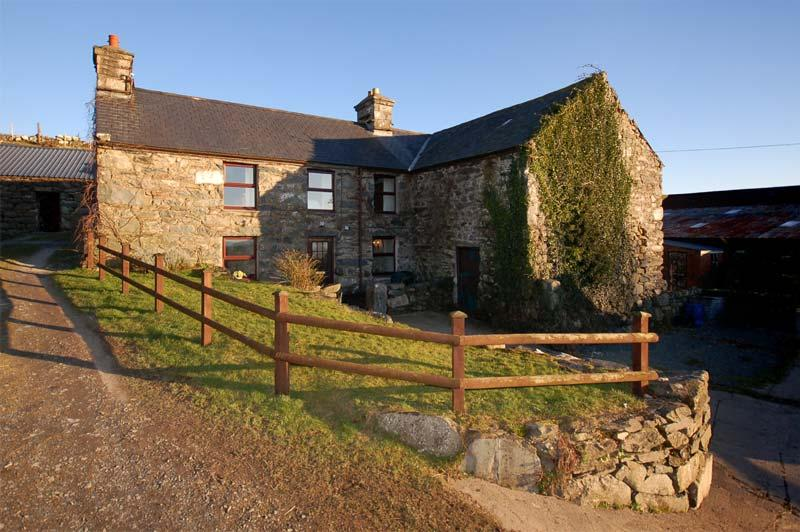 Hendy. Stone cottage on a working farm