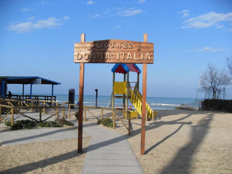 Entrance to the local beach - about 5 minutes walk