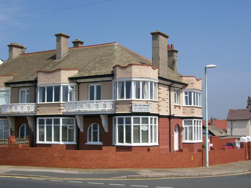 Chellow Grange Holiday Flats high quality accommodation with stunning seaviews