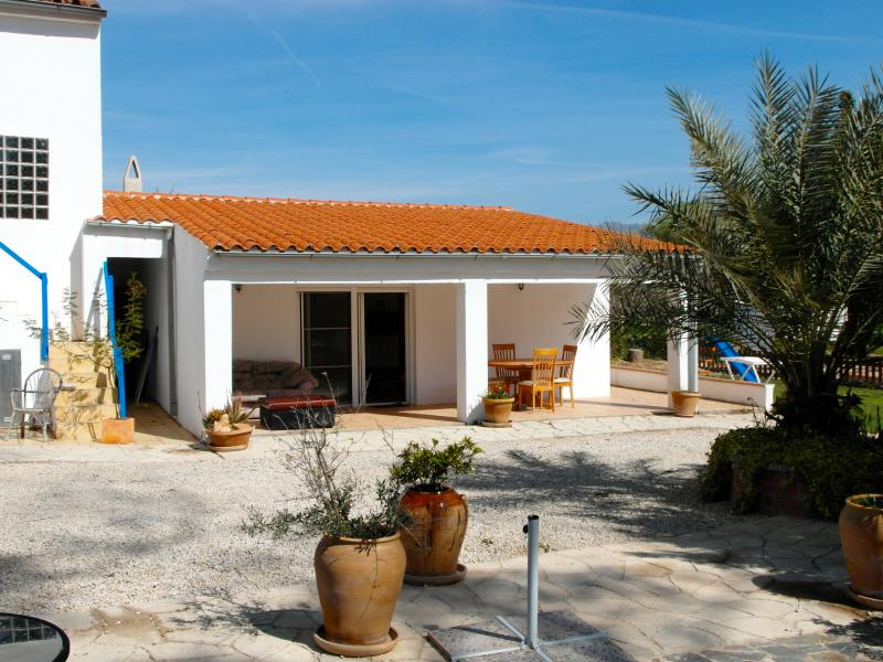 Casa Riberia a stones throw from the pool