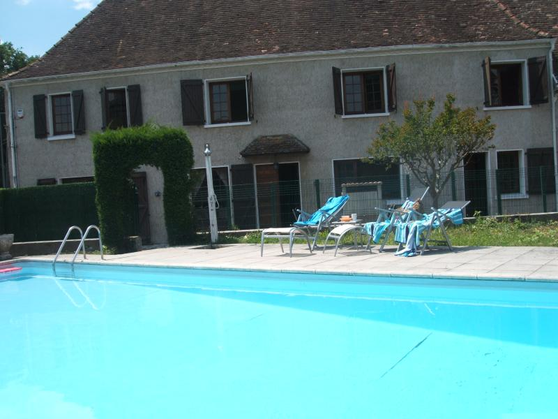 main house & Gite pool