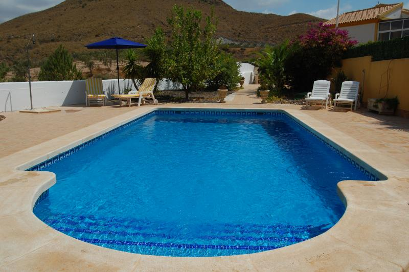 2 bed bungalow style villa with PRIVATE POOL