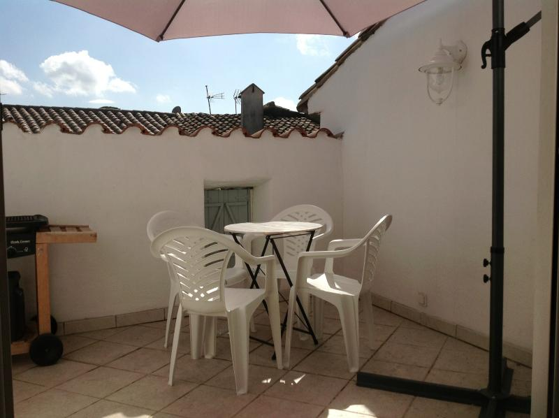 Dine out on the south facing roof terrace.