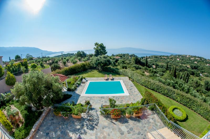 Private Pool with view of Zante, have a swim, Chill and enjoy the breathtaking views