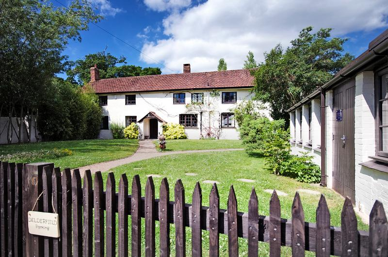 5 Star Self Catering one mile from Sidmouth & its Jurassic Coast - a fantastic location.......