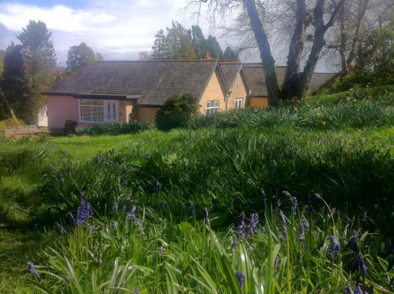 Bluebell Cottage is tucked away on the Estate and provides an Idyllic rural location set in 2 acres.