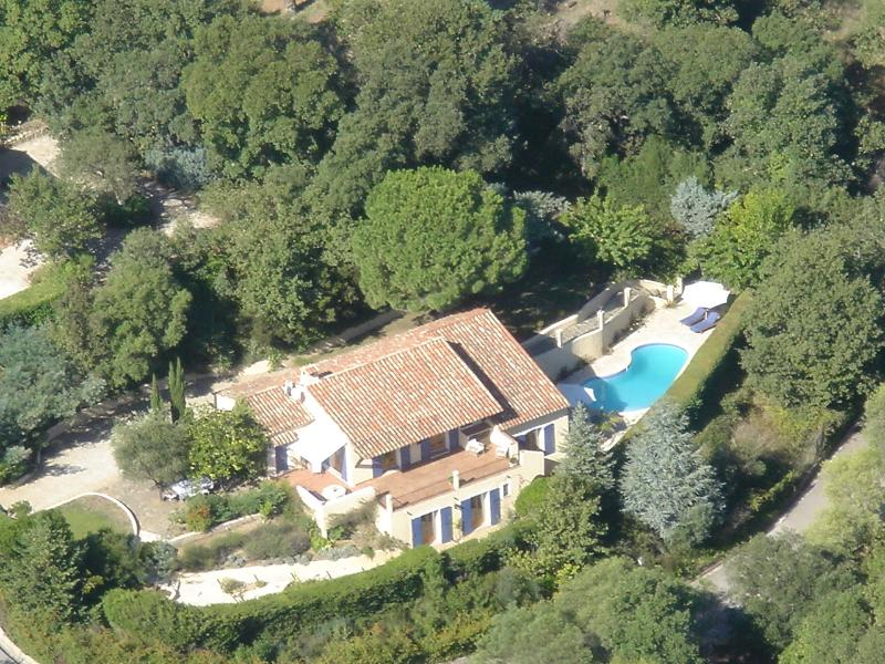 HOUSE FROM OVERHEAD