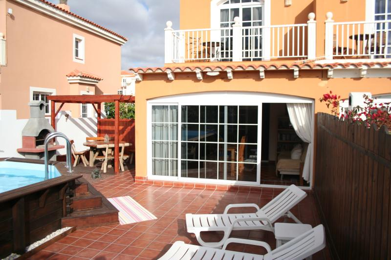 Patio, pool, BBQ, dining and seating area
