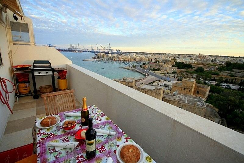 BBQ on Your Own Private Terrace/Balcony