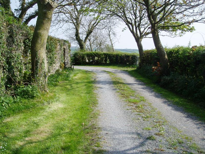 Private lane leading to property