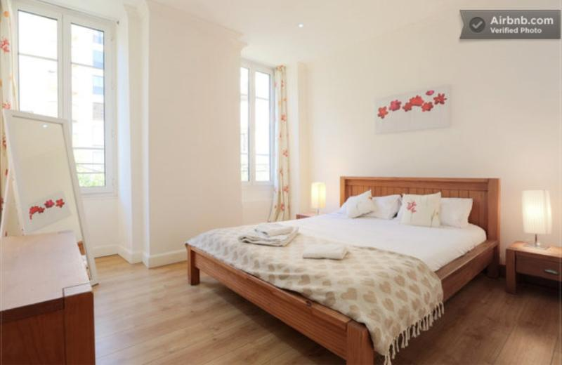 Master double bedroom overlooking quiet garden