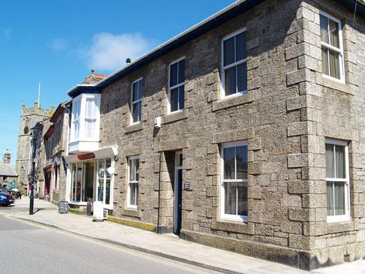 Penwith House: impressive and luxurious holiday cottage in St. Just, West Cornwall