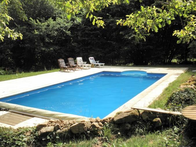 Heated swimming pool. 10m by 5 m