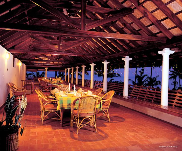 The dining restaurant with a panaromic view of the tranquil backwaters