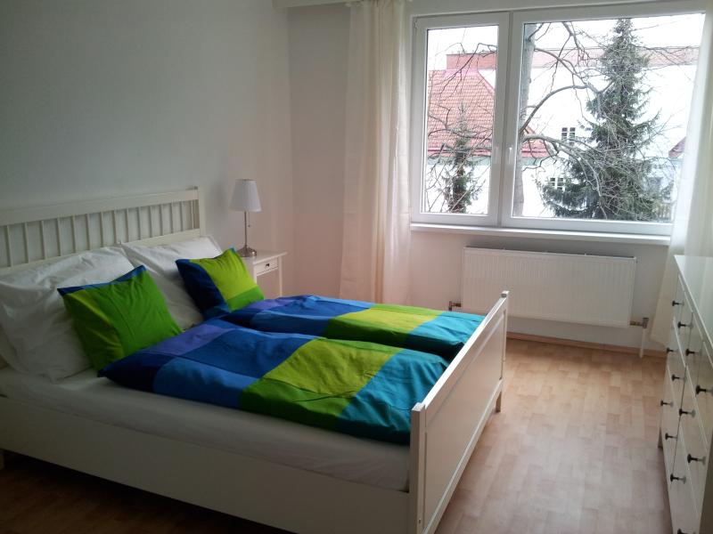 70sqm apartment 3min walk to Schoenbrunn free parking and WiFi