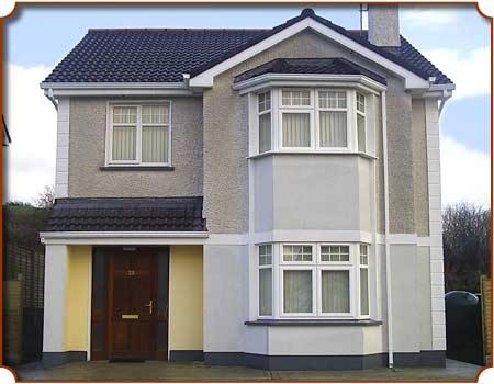 House with off road parking and enclosed rear garden