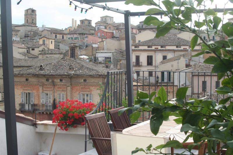35m2 roof terrace with a view of the historical centre of Lanciano.